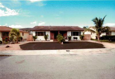 Lake Worth Multi Family Home For Sale: 1712 Barton Court