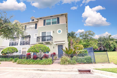 Delray Beach Townhouse For Sale: 71 NW 4th Avenue