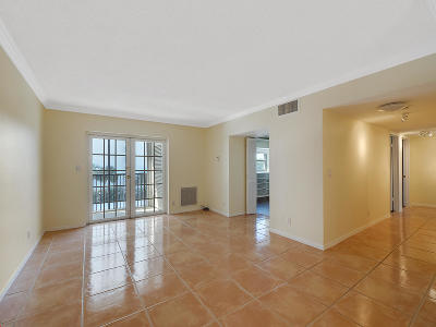 West Palm Beach Condo For Sale: 1527 S Flagler Drive #304f