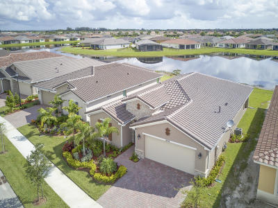 Port Saint Lucie Single Family Home For Sale: 10154 SW Indian Lilac Trail