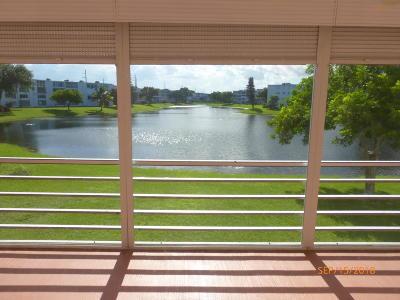 Deerfield Beach Condo For Sale: 2012 Farnham
