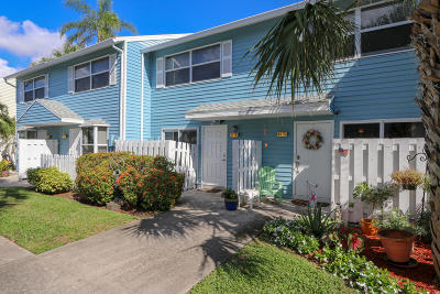 Pompano Beach Townhouse For Sale: 2671 NE 15th Street