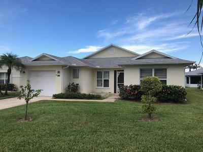 Fort Pierce Single Family Home For Sale: 6233 Alexandria Circle