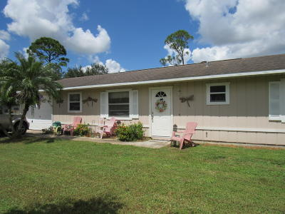 Fort Pierce Single Family Home For Sale: 8208 Kenwood Road