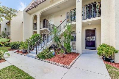 West Palm Beach Condo For Sale: 145 Lake Nancy Lane #127