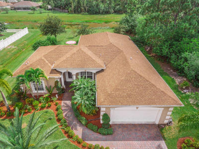 Port Saint Lucie Single Family Home For Sale: 5704 NW Whitecap Road