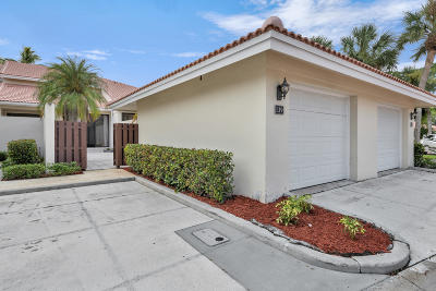 Palm Beach Gardens Townhouse For Sale: 139 Old Meadow Way