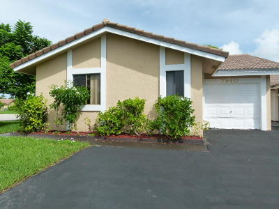 Coral Springs Multi Family Home For Sale: 7940 NW 37th Drive
