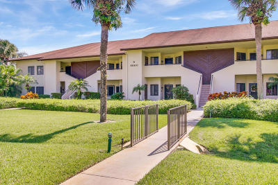 Hobe Sound Condo For Sale: 6860 SE Constitution Boulevard #103