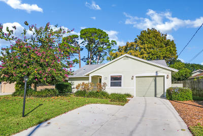 Jupiter Single Family Home For Sale: 6359 Barbara Street