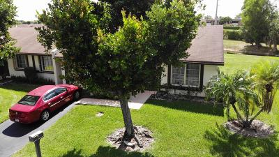 Delray Beach Single Family Home Contingent: 15956 Laurel Oak Circle