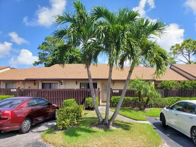 Greenacres Condo For Sale: 615 Sea Pine Way #F