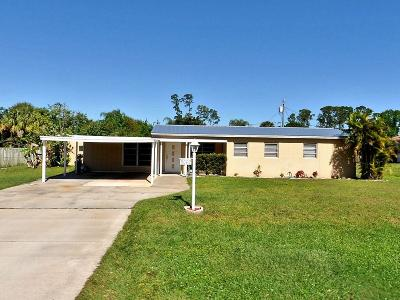 Fort Pierce Single Family Home For Sale: 8002 Westmont Drive