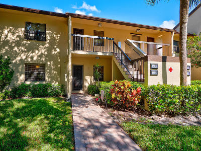 Coconut Creek Condo For Sale: 3113 S Carambola Circle S #2357