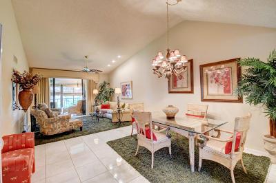Delray Beach Condo For Sale: 7665 Glendevon Lane #1606