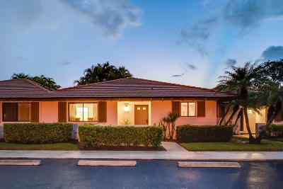 Palm Beach Gardens Rental For Rent: 207 Club Drive