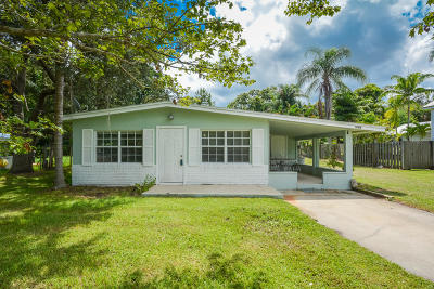 Palm City Single Family Home Contingent: 1048 SW 30th Street