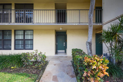 Boca Raton Condo For Sale: 1 Royal Palm Way #1030