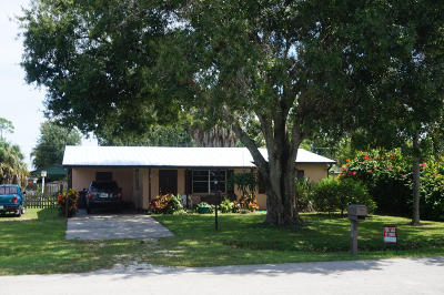 Fort Pierce Single Family Home For Sale: 5212 Hickory Drive