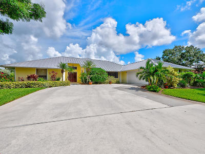 Palm City Single Family Home For Sale: 4881 SW Bimini Circle