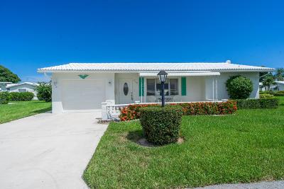 Boynton Beach Single Family Home For Sale: 2110 SW Lake Circle Drive