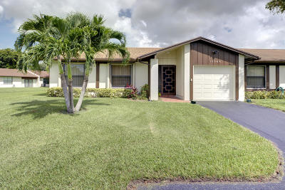 Delray Beach Townhouse For Sale: 15968 Forsythia Circle