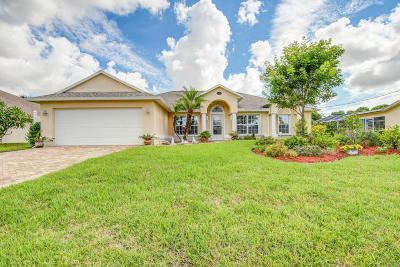 Port Saint Lucie Single Family Home For Sale: 2473 SE Sidonia Street