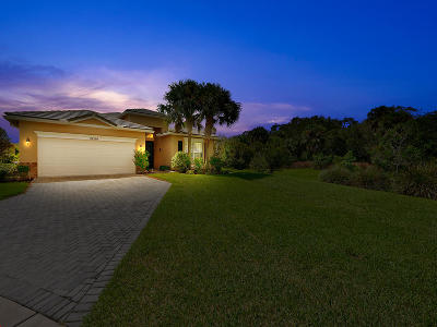 Port Saint Lucie Single Family Home For Sale: 10599 SW Southgate Court