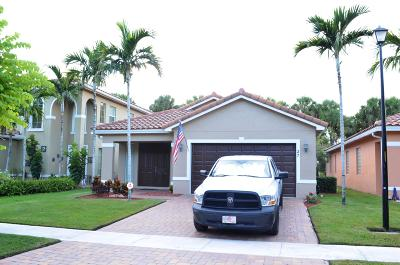 West Palm Beach Single Family Home For Sale: 27 Atwell Drive