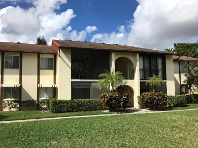 West Palm Beach Condo For Sale: 4835 Sable Pine Circle #C2