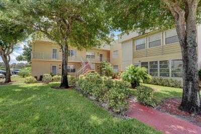 Delray Beach Condo For Sale: 432 Capri I