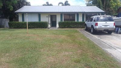 Delray Beach Single Family Home For Sale: 5277 Pinetree Drive