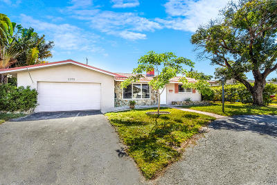 Pompano Beach Single Family Home For Sale: 2370 NE 14th Terrace