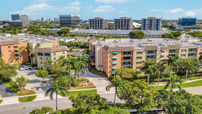 West Palm Beach Condo For Sale: 1620 Presidential Way #510