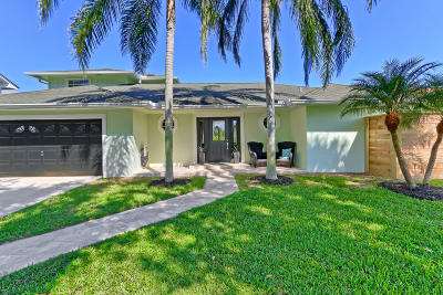 Tequesta Single Family Home For Sale: 18965 SE County Line Road