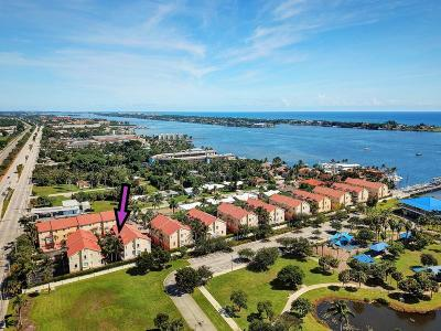 Boynton Beach Townhouse For Sale: 112 Harbors Way