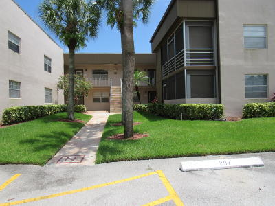 Delray Beach Condo For Sale: 653 Normandy