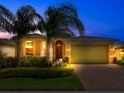Port Saint Lucie Single Family Home For Sale: 11283 SW Lake Park Drive