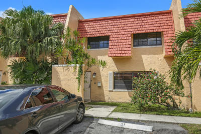 Tamarac Condo For Sale: 61 Spinning Wheel Lane