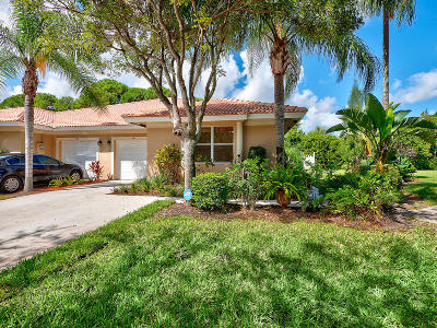 Delray Beach Single Family Home For Sale: 400 W Coral Trace Circle