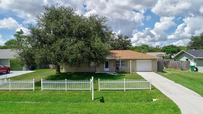 Port Saint Lucie Single Family Home For Sale: 174 NW Peach Street