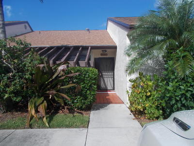Lake Worth Single Family Home For Sale: 3615 Willa Way #D