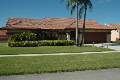 Boynton Beach Single Family Home For Sale: 9525 Majestic Way