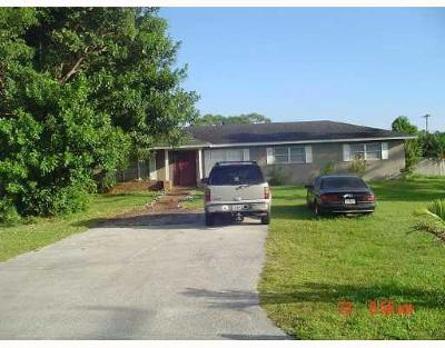 Boynton Beach Single Family Home For Sale: 7086 Lawrence Road