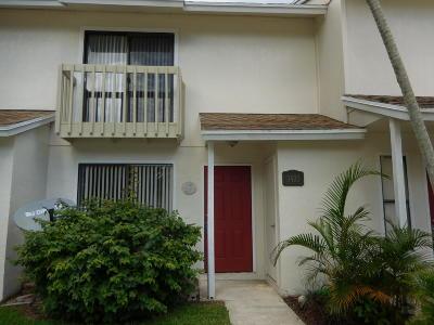 Greenacres FL Townhouse For Sale: $152,000