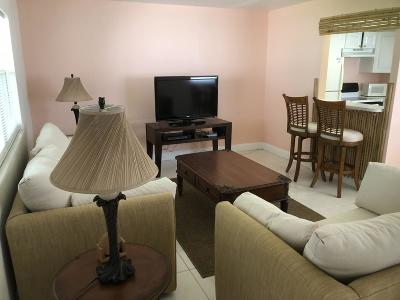 Delray Beach Condo For Sale: 247 Flanders F