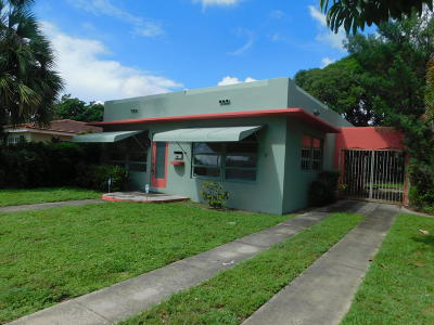 West Palm Beach Single Family Home For Sale: 2813 Poinsettia Avenue