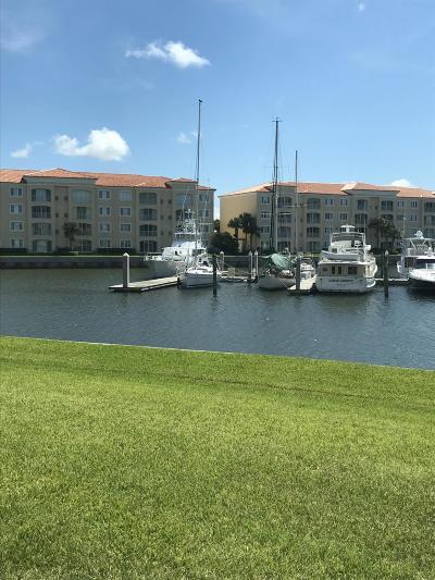 Fort Pierce Condo For Sale: 9 Harbour Isle Drive East, Unit Drive E #102