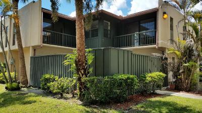 West Palm Beach Townhouse For Sale: 4827 Alder Drive #B