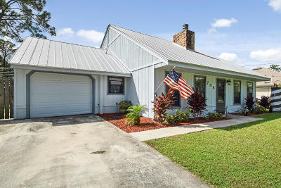Port Saint Lucie Single Family Home For Sale: 798 SE Walters Terrace